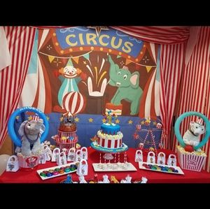 Circus Carnival Party Stand hat centerpiece